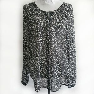 Old Navy Black/White Floral Print Sheer Blouse